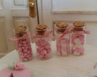 Set of 4 glass jars with meringues, marshmallows and macarons. 1/12th scale (Pink & white)