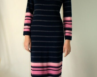 vintage 1970s Maxi Dress Sweater Knit Striped Navy and Pink Geometric Dress