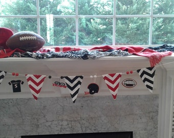 Football Team Pennant Banner YoU CHOOSE College Pro High School Sports Home Decor Fabric Wood Decoration Hanging Beads Hand Painted SPRT