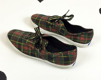 90s Christmas Plaid Glitter Keds / Size 10 / Red / Green / Ribbon Laces / Novelty / X mas / Holiday / Kitschy/ Babysitter's Club / 80s /