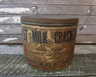 Vintage Home Decor Large Metal Canister Famous Biscuit Company Malt Milk Crackers Container Decor Early 1900s Storage Organizer Metal Can