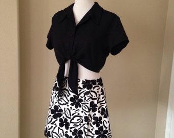 Vintage 1990's Summer Outfit 2 Piece Set Black White Floral Skort Solid Black Crop Top Size 12