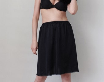 Vintage Lingerie Skirt Slip by Vanity Fair - Retro Boudoir Pin Up Girl Style - One Size Fits All