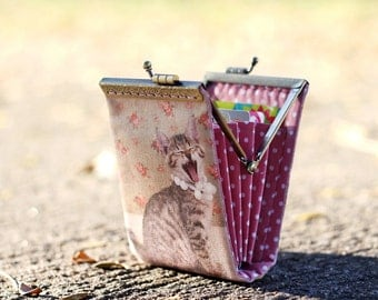 Business card holder dyed linen fabric/ Credit card case / Credit card organizer / Fold card case