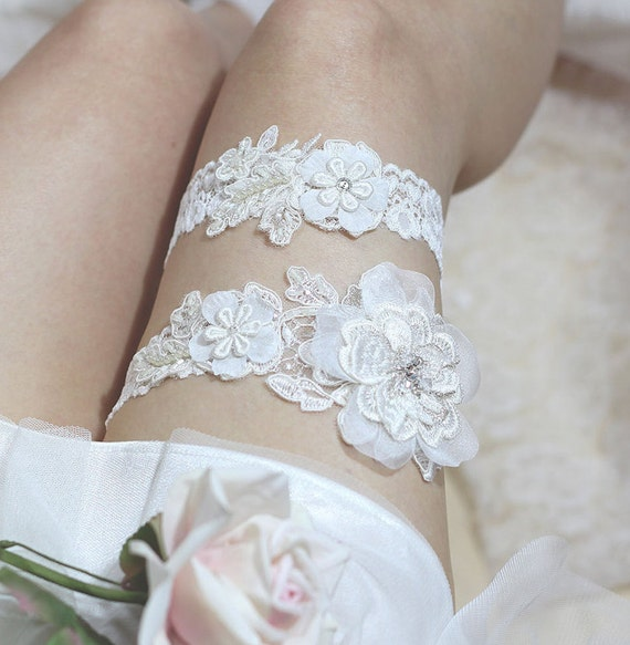 Lace Wedding Garters: Ivory Lace Garter Set Rustic Wedding Garter Set By