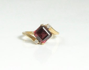 Rhodolite Garnet and Diamond Ring; Garnet Ring; Vintage Garnet and Diamond Ring; Square Cut Garnet; January Birthstone Ring