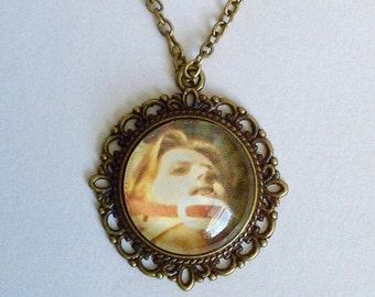 David Bowie The Man Who Fell to Earth necklace
