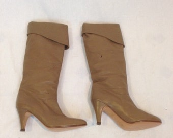 1980s Alberto D. Molina Tan Leather Boots.  Size 6 1/2 AA