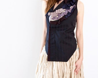 Sleeveless dark blue woven shirt with ribbons