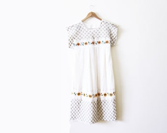 Embroidered Mexican Dress / Sunflower Maxi Dress / White Peasant Dress / Bohemian Clothing
