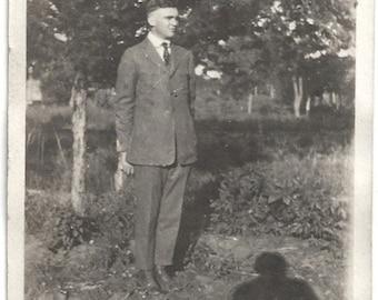 Ol Photo Man wearing Suit Photographers Shadow 1920s Photograph snapshot vintage