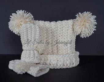 Baby Hat, Baby Boy Hat, Pom Pom Hat, Baby Gift, Baby Girl Hat, Newborn Hat, Handmade Baby Hat, Crocheted Baby Hat, Winter White, Baby Gift