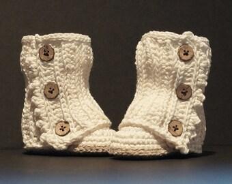 Crochet Baby Shoes, Crochet Baby Booties, Baby Shower Gift, White Baby Shoes, Baby Girl Shoes, Baby Girl Booties, Handmade, White / Tan
