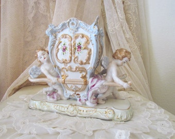 Cherubs Angels Porcelain Sedan Chaise Chair Vase Statue