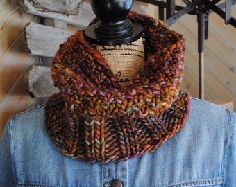 Chunky Hand Knit Cowl in Merino Wool