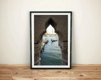Archway Gondola in Venice, Digital Download