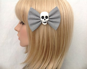 Black and white striped skull hair bow clip rockabilly psychobilly gothic Lolita rock punk pin up girl creepy skeleton fabric girls women