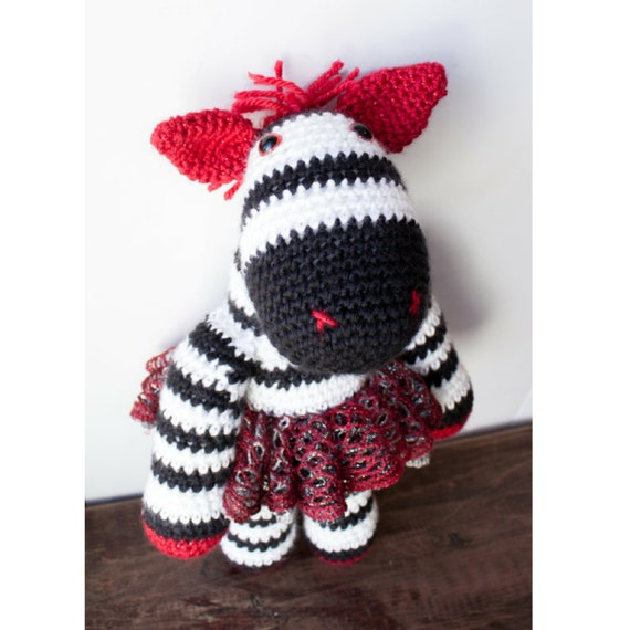 Amigurumi Zebra Hakeln : Items similar to Zebra Plushie, Amigurumi, Zebra Stuffed ...