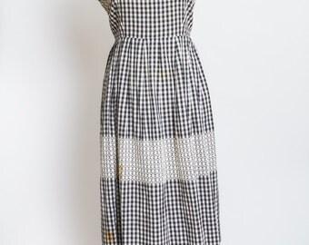 Fun black and white checkered vintage dress