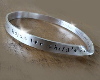 Mother and Child Bangle, Personalised Gift for New Mum, Romantic Valentines Day Gift, Personalised Bracelet for Mum, Mothers Day Gift