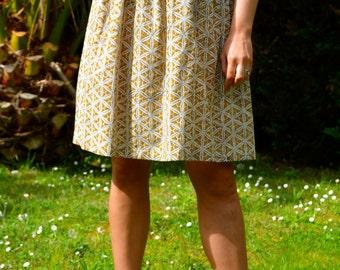 Gathered skirt, above knee length, mustard cream pattern, handprinted Fabric, cotton, size UK10