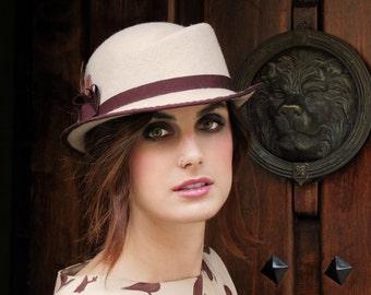 Ivory felt hat for women - Classic winter hat -wool felt hat- Felt hat for her