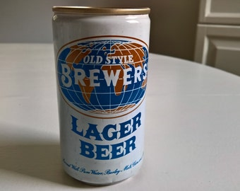 Vintage Old Style Brewers' Lager Beer Can --- Retro 1960's Tavern Pub Bar Home Decor Global Traveler James Bond Spy Villian Curio Breweriana