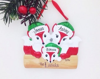3 Red Foxes Family Ornament / Personalized Christmas Ornament / Family of Three Red Foxes / Christmas Ornament