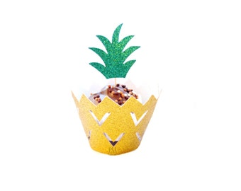 Pineapple Cupcake Wrappers & Cupcake Toppers Set - Pineapple Party,Tropical Party, Pineapple Cupcakes, Cupcake Wrappers