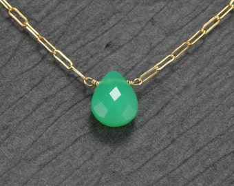 Chrysoprase pendant necklace, green chalcedony necklace, dainty gemstone necklace, small pendant, delicate necklace, simple necklace