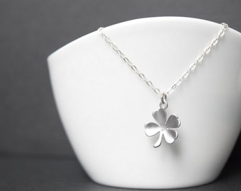 4 Leaf Clover Necklace,Clover necklace,necklace luck,Good luck necklace,Clover - Sterling Silver Chain