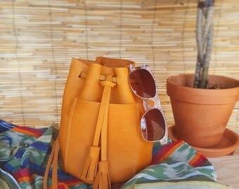 Handmade Leather Mini-bucket Bag // Leather Bucket bag // Leather Crossbody bag