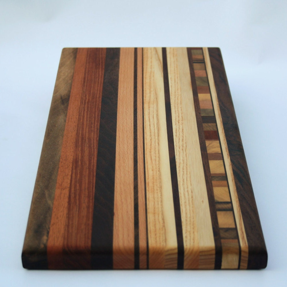 wood cutting boards handcrafted wood cutting boards rustic. Black Bedroom Furniture Sets. Home Design Ideas
