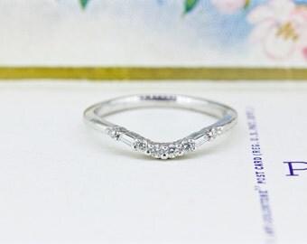 Vintage Wedding Ring   Curved Diamond Wedding Band   Tiara Stacking Ring   14k White Gold Wedding Ring   Thin Gold Stacking Ring   Size 7