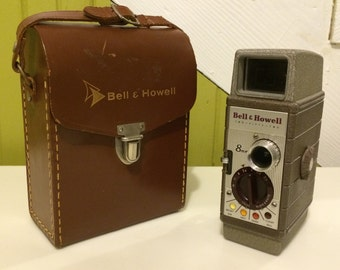 1954 8mm Bell & Howell 252 Movie Camera w Case