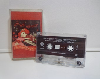Vintage 1995 Original Red Hot Chili Peppers One Hot Minute Cassette Tape Music Album by Warner Brothers Records