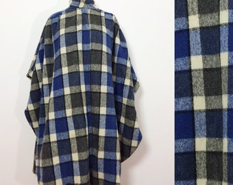 Blue Plaid Wool Poncho / Boho Bohemian Cover Up / Southwest Poncho / 1960s Poncho / Plaid Cape / Wool Cape / Winter Poncho