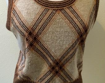 100% Virgin Orlon Brown / Beige Acrylic Pull Over Sweater Orlon Vest  by Campus Ladies Size M