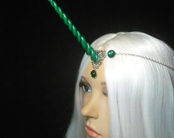 Drakforest Unicorn - Tiara with handsculpted pearlescent horn