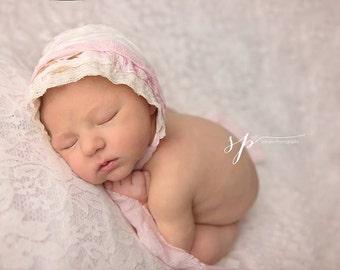 Newborn Bonnet, Newborn Bonnet Photography Prop, Newborn Photo Prop, Baby Girl Bonnet, Baby Hat, Bonnet Photo Prop Hat, Vintage Bonnet Prop