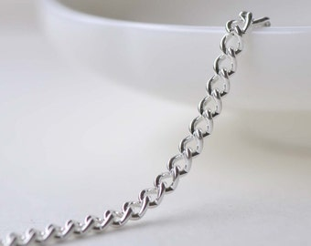 16ft (5m) of Silver Steel Curb Chain Link Size 2.8mm A8632