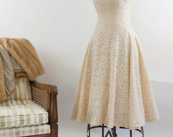 1950's peaches and cream cotton illusion lace a-line dress size 2-4 / cap sleeve full circle fit and flare dress / mad men summer wedding