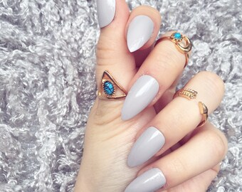 NAILED IT! Hand Painted False Nails - Taupe