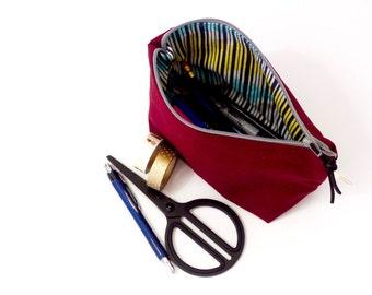 zipper pencil case.  small canvas pouch. pencil bag. art pouch. pencil pouch