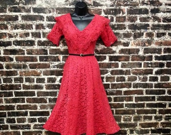 1950s Red Lace Dress. 50s Party Dress with Full Skirt. Red Rockabilly Swing Dress. Women's Extra Small.