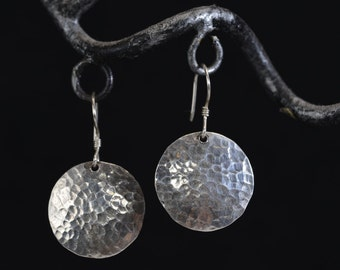 Silver Hand Hammered Earring