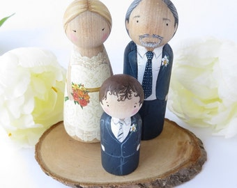 Wedding Cake Topper couple plus one child// Peg Dolls Custom Wedding Cake toppers// Wooden Dolls//Cake toppers