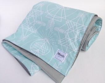 Whole Cloth Blanket, Minimalist Baby Gift, Handmade Baby Quilt, Neutral Crib Quilt, Neutral Crib Blanket, Geometric Baby Quilt, Minimalist