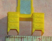Vintage Marx DOLLHOUSE Dressing Table, 2 available, 1 yellow, 1 cream Hard Plastic, Sold Individually, 54mm,VG- EXC.