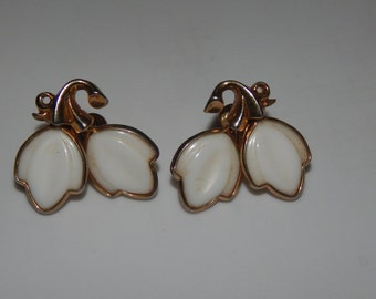 Vintage White Leaf Earrings Gold Tone White Plastic Leaves Screw Back Earrings